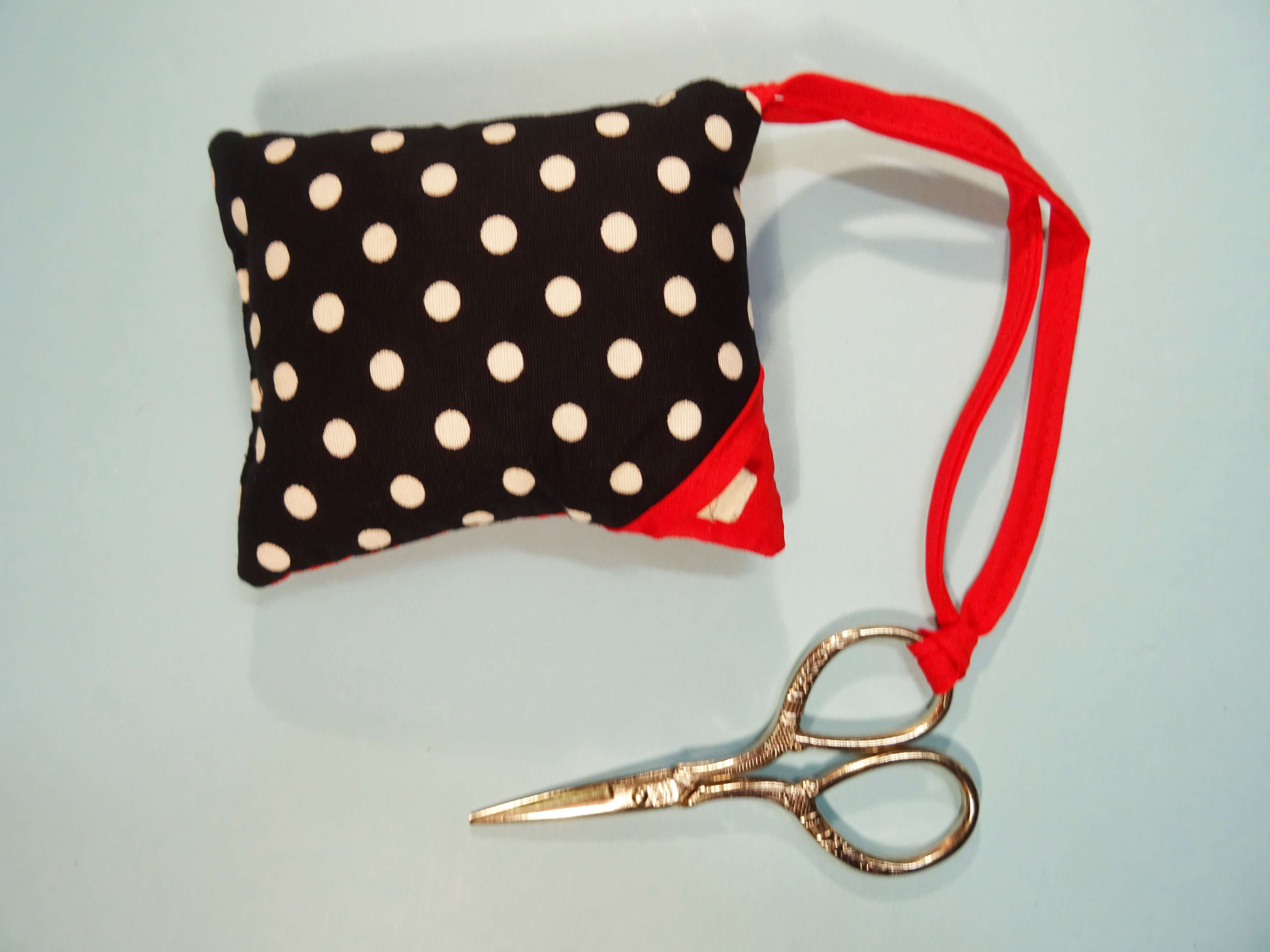Pin Cushion Polka Dots Black White With Attached Scissors